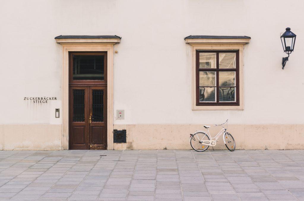 exteriérové okno a dvere