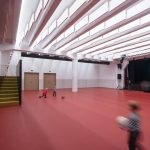 multifunkčný priestor pre návštevníkov sály