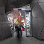 moderný interiér stanice na Skalnom plese