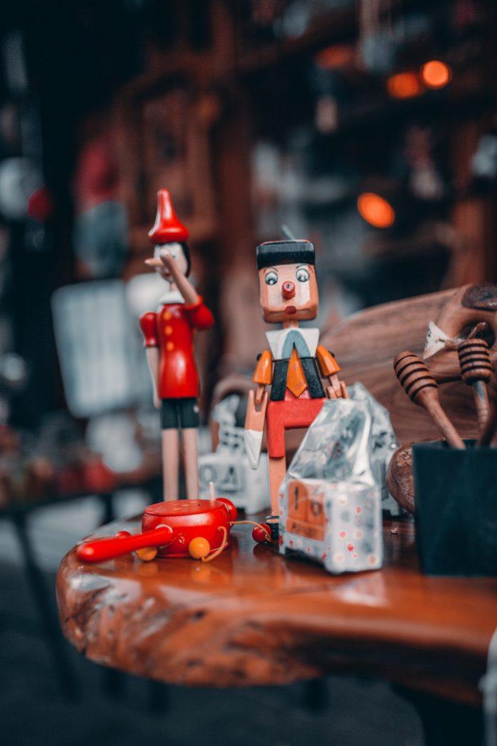 rozprávkové drevené ozdoby na vianočné dekorácie