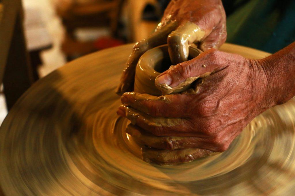 remeselné handmade výrobky z hliny