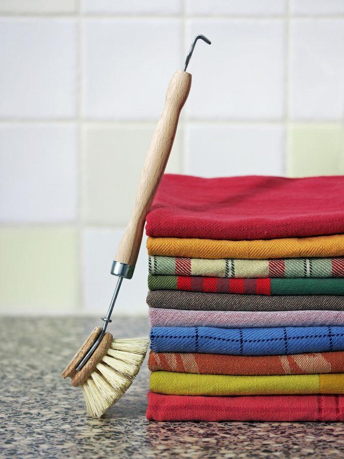 starostlivosť o domácnosť a čisté kuchynské utierky