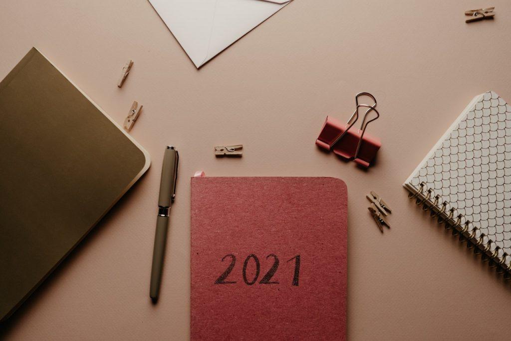 diár na rok 2021