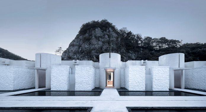 Museum-hotel od AZL Architects - exteriér hotelového komplexu