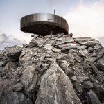 vyhliadková plošina Otzi Peak 3251m a pohľad na panorámu Talianska