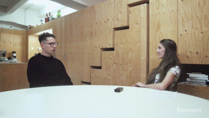 seriálový diel - rozhovor s Andrejom Olahom