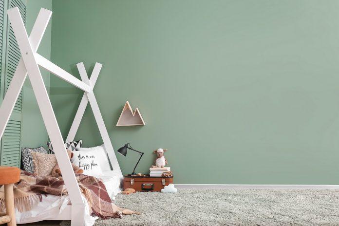 Zelená stena v detskej izbe
