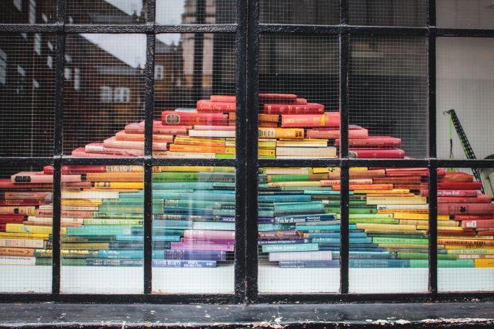 Farebné knihy